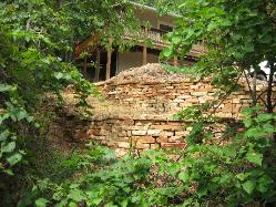 thick sandstone wall stone - retaining wall - washington MO
