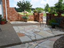 ozark sandstone patio pavers - aggregate - brick walls